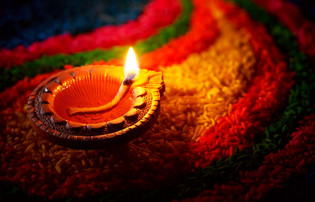 Colorful Diya Greetings