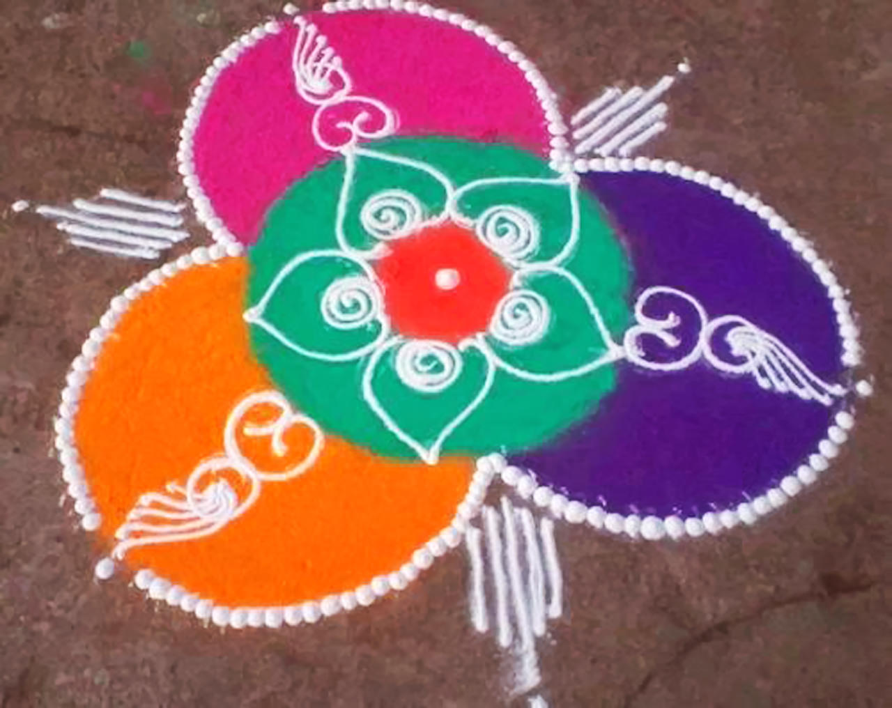 Easy Rangoli Flower Pic for Kids