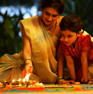 Family Mother Daughter Diwali DP