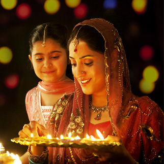 Happy Diwali Smiling Lady DP