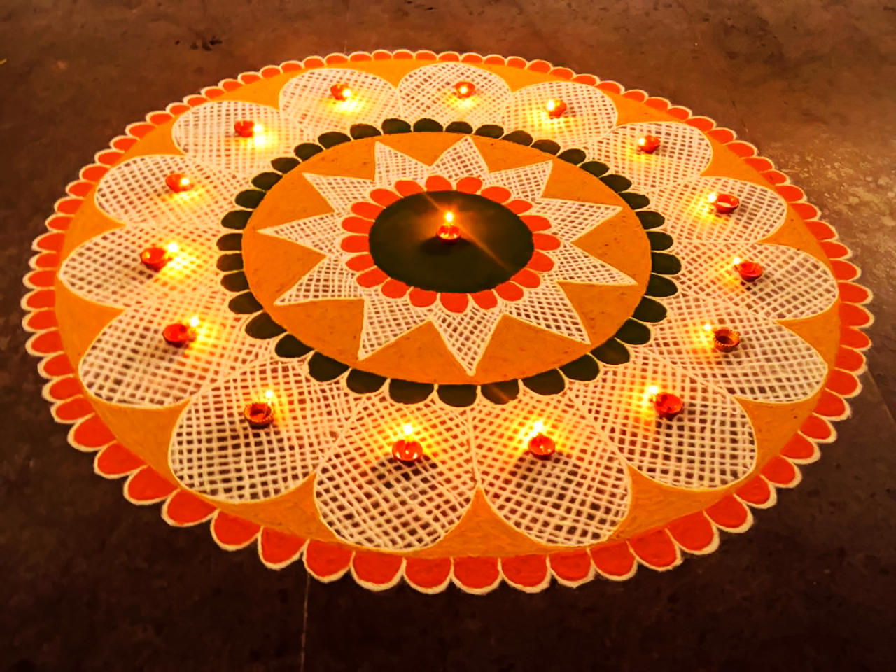 Round Shape Rangoli Patterns