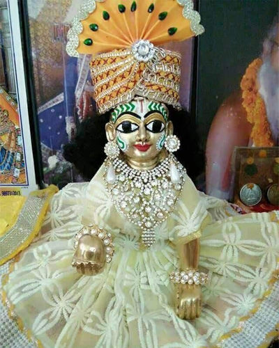 Most Lovely Cute Laddu Gopal Images